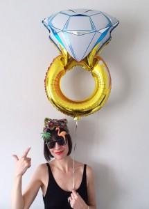héliumos lufi lánybúcsúra